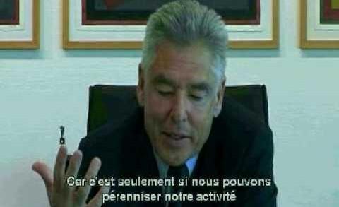 Peter Brabeck, président de Nestlé, exprime son point de vue… (affligeant)